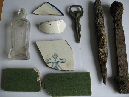 Artefacts found in the Gardens